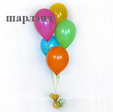 Украшение зала и стола на хэллоуин из воздушных шаров (ШДМ) аэродизайн Оформление зала пауками из шаров с колоннами
